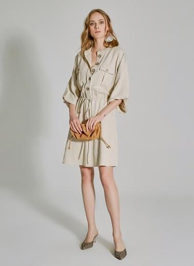 People By Fabrika Cep Detaylı Dökümlü Elbise Bej